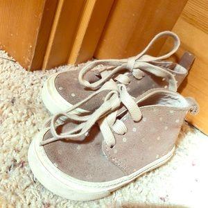 Gap faux suade polka dot shoes